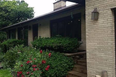 Ranch Style Home on Salt Creek - North Riverside - Ev