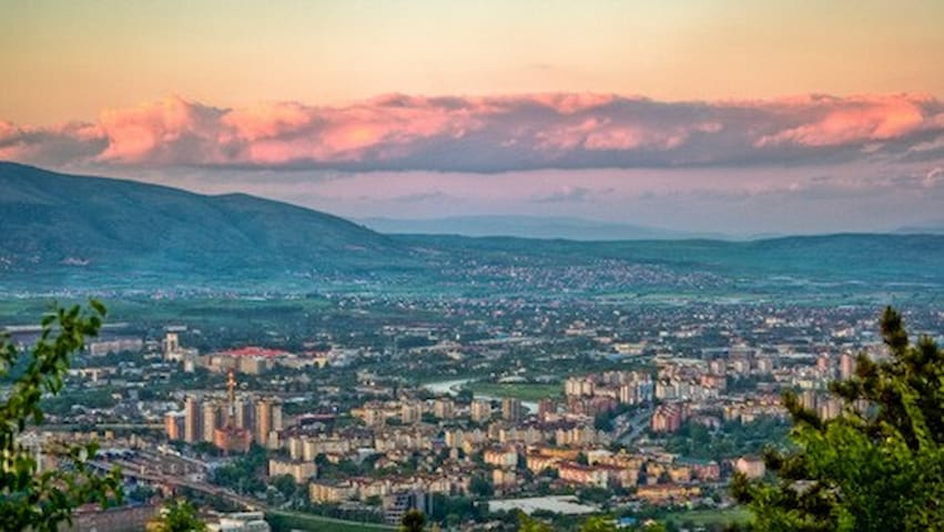 Nice room with a calm view - Skopje - Flat