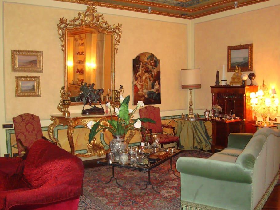Casa antica appartamenti in affitto a cremona lombardia for Affitto arredato cremona