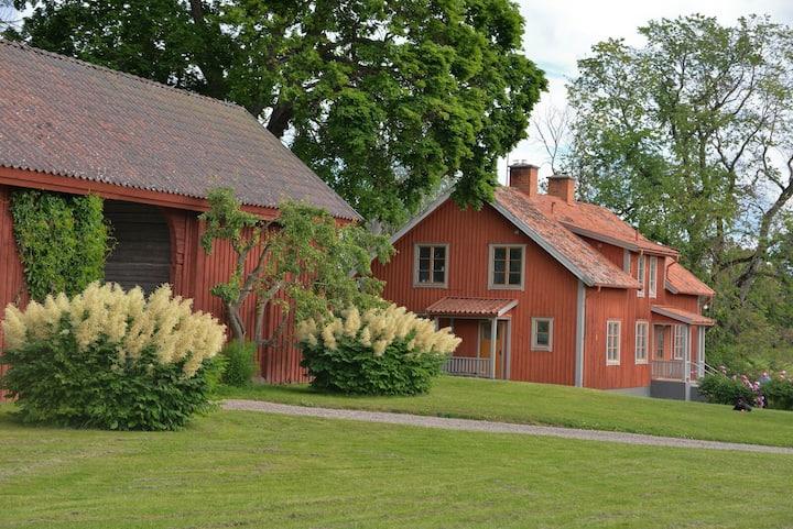 Lägenhet 3 på en gammal prästgård