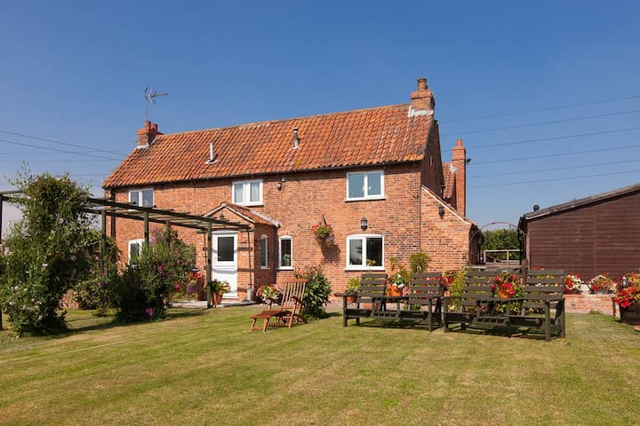 Country Cottage Bed& Breakfast - Nottinghamshire - Aamiaismajoitus