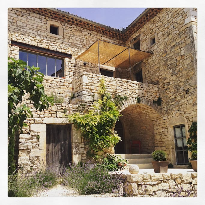 La Maison Papillons Chambre 1 Bed Breakfasts For