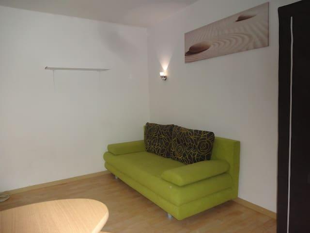Helles 10m² Zimmer in netter WG