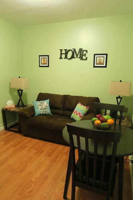 Common area is shared if there is a guest in the rear room, if not, it's all yours!