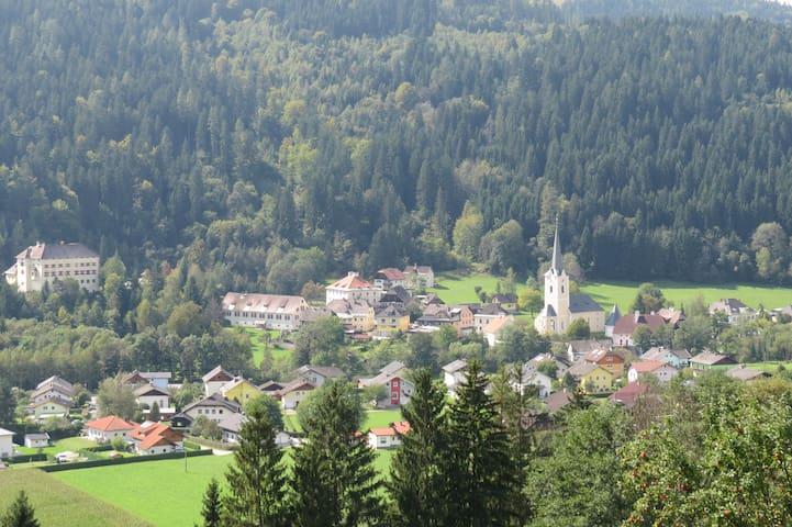 Ruhiges Häuschen - Himmelberg - Huis