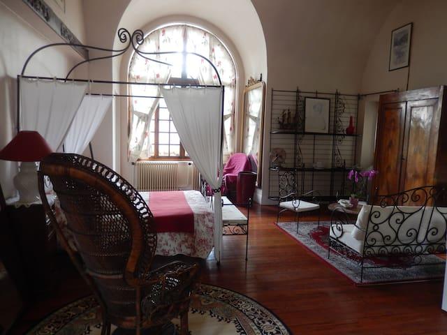 Moulin des Chennevières Chambre Marguerite