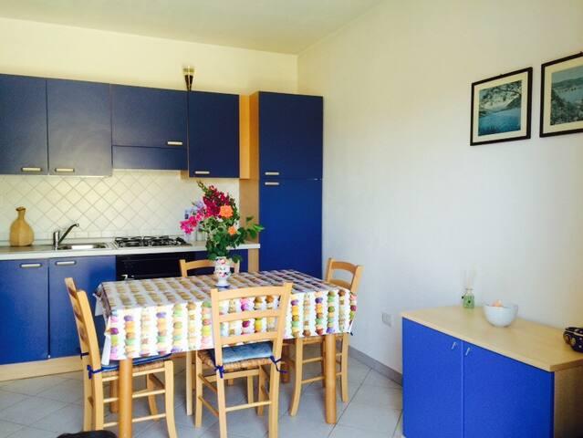 Kitchen&living