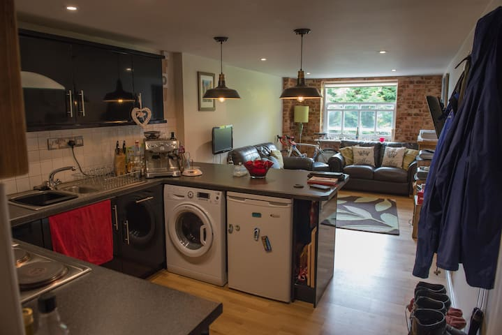 1 bed apartment - Central Bristol