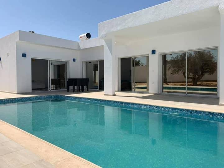 """Villa """"SALAMA"""" piscine 100% sans vis à vis Djerba"""
