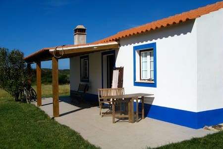 Wonderful cottage just 400 meters from the sea