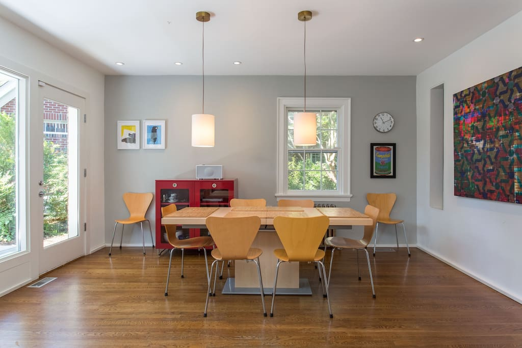 Dining room, hardwood floors, and expandable table (pictured not expanded)