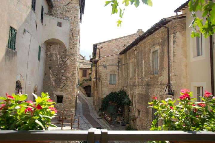 Accogliente abitazione Umbria - Trevi - Dom
