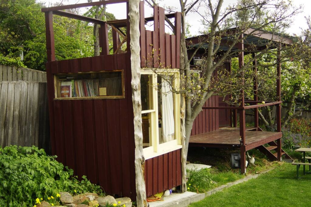 Cubby and studio (from side)