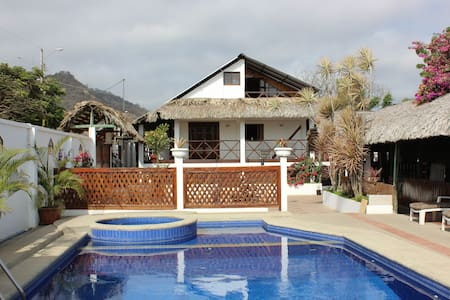 Casa Aventura - Bed & Breakfast