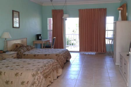 The Bayinn unit 2 - Rolleville - Apartamento