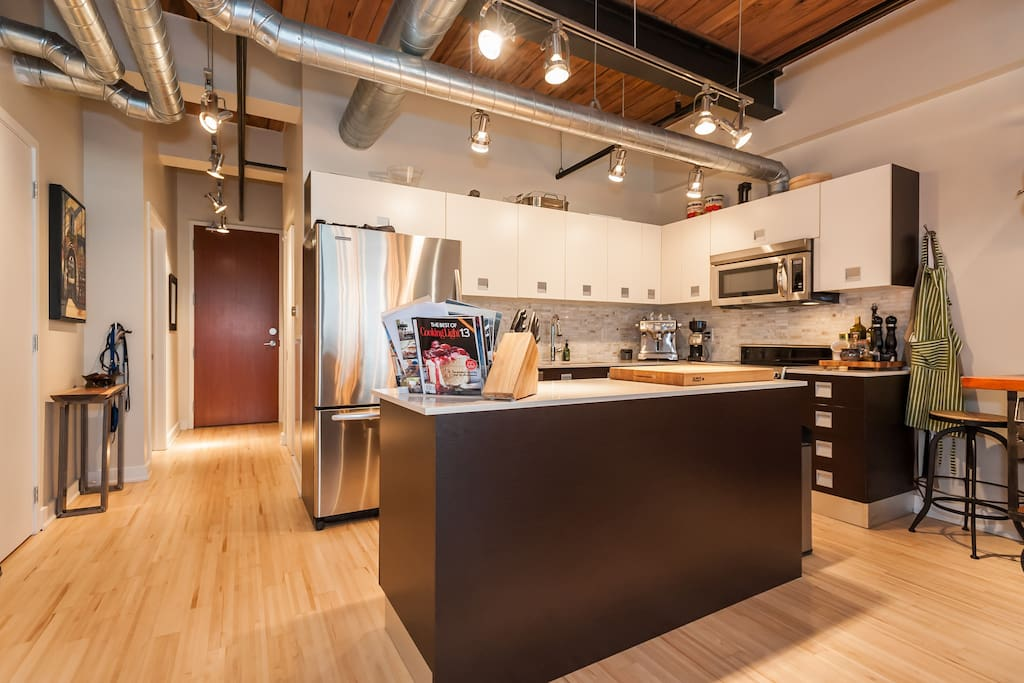 stunning 2 bedroom loft apartments for rent in toronto ontario