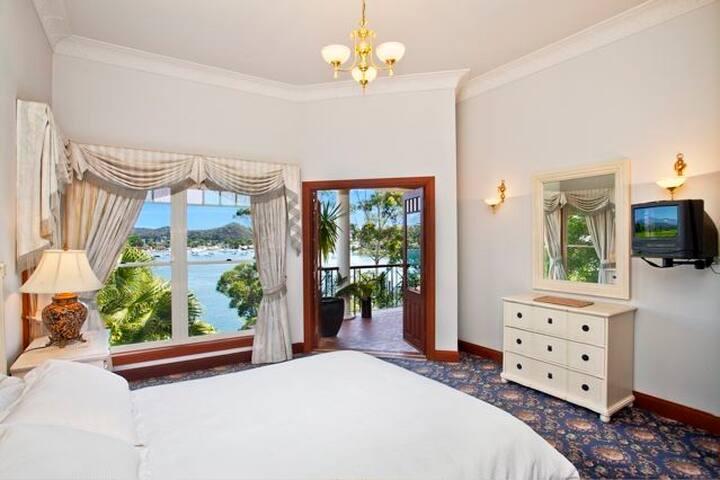 L'HOTEL PARC MONCEAU - Daleys Point - บ้าน