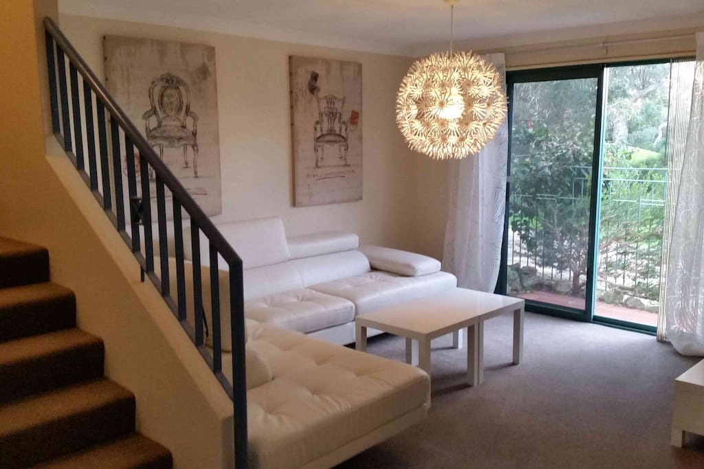 Special week stay at joondalup golf retreat houses for for Beds joondalup