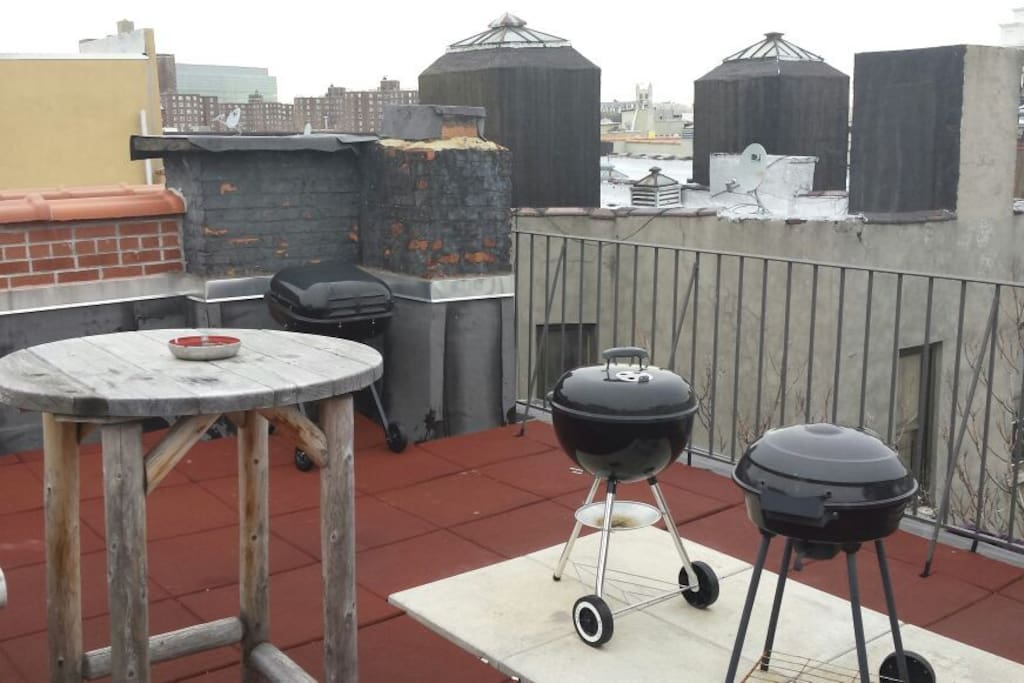 Barbecues on the Other side of roof!