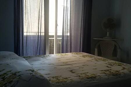 Appartamento a 50 mt dal mare - La Caletta