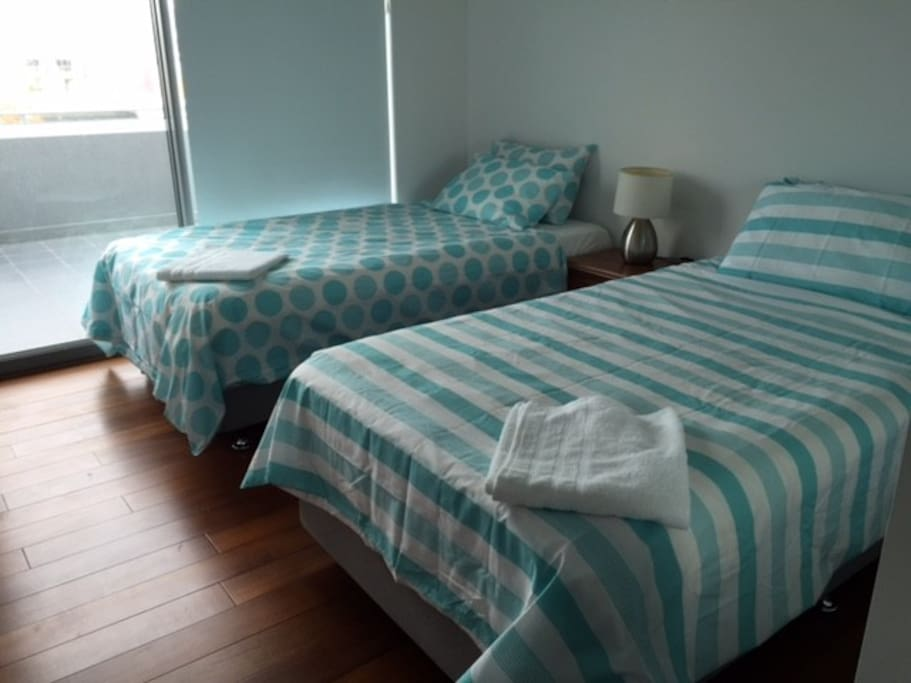2 king single beds