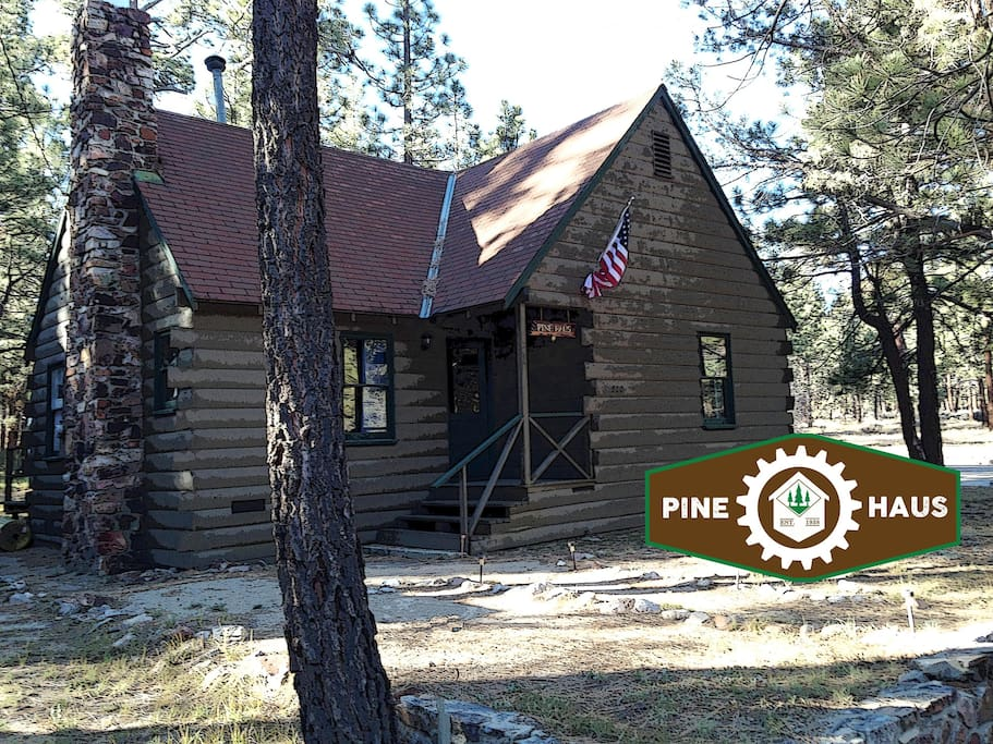 Pine haus vintage cabin cottages for rent in big bear for Cabin for rent in big bear ca