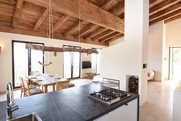 Exklusive Villa m.Traumblick + Pool - Benaco - Huis