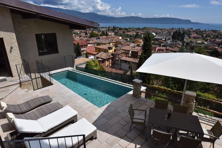 Exklusive Villa m.Traumblick + Pool - Benaco - Rumah