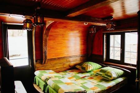 Двухместная люкс каюта дебаркадера - Коломна