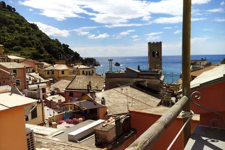 Amazing terrace overlooking the sea - Monterosso Al Mare