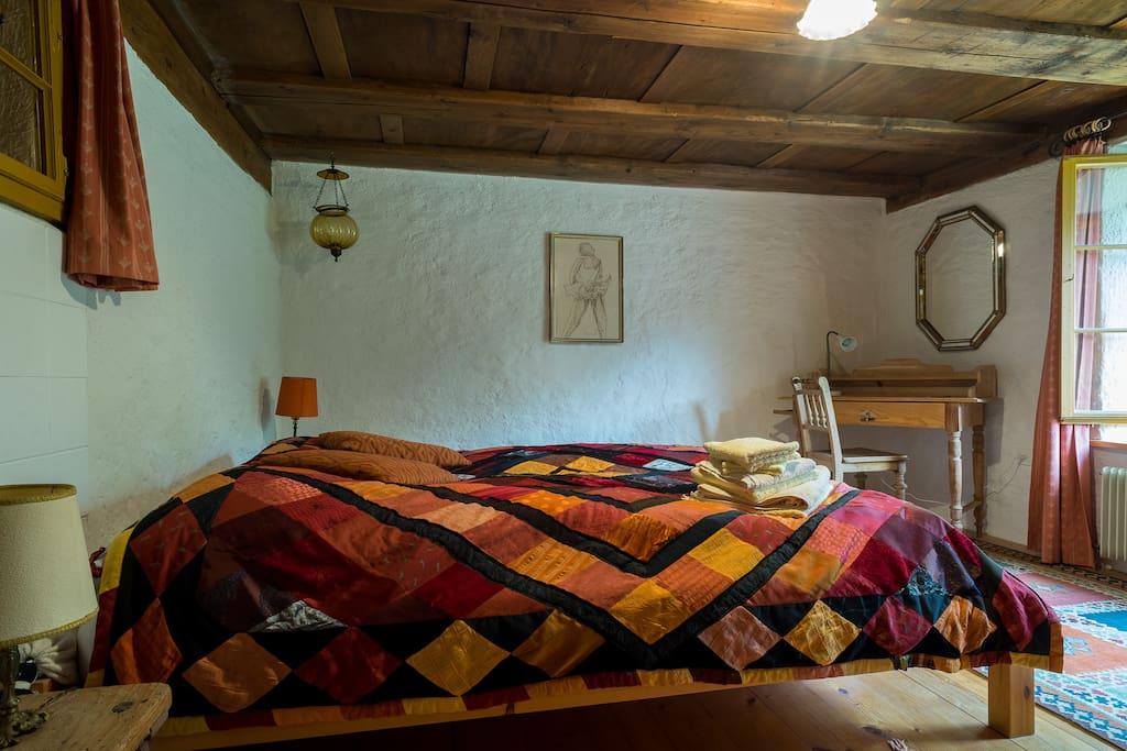 doppelzimmer metaphorium bed breakfasts zur miete in beggingen schaffhausen schweiz. Black Bedroom Furniture Sets. Home Design Ideas