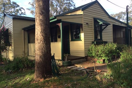 Secluded private cottage - Warrandyte - Bed & Breakfast
