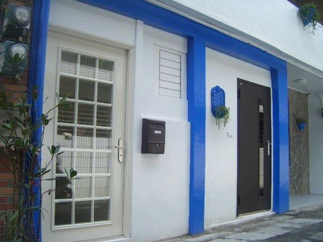 愛琴海度假別墅 旋律館 (近輔仁大學) - 新北市 - ゲストハウス