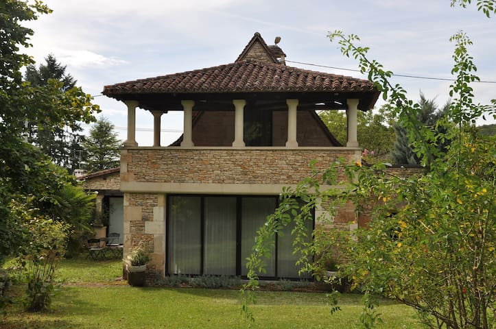 La Maison d'Angel- Angel's House