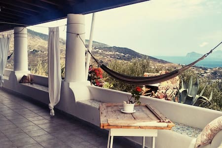 Double room on the sky (&breakfast) - Lipari