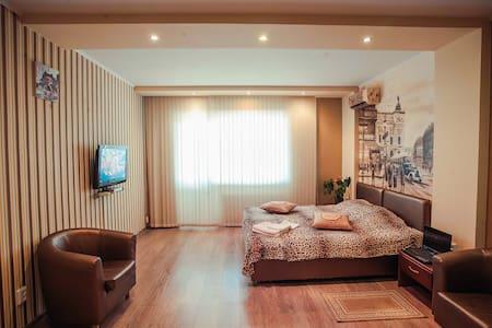 Комфорт квартира в центре Чернигова - Appartamento