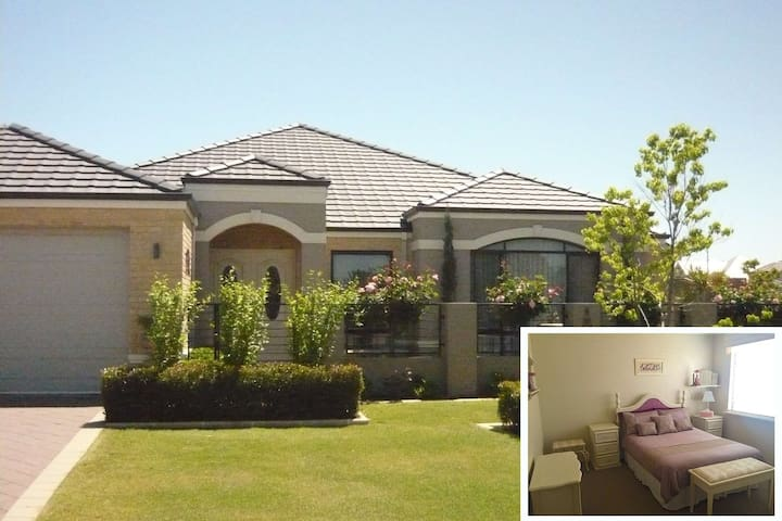 Immaculate home, close to Murdoch hospital and uni - Bateman - Bed & Breakfast