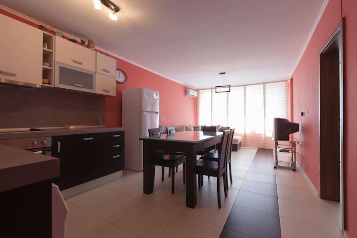 """""""Perla"""" apartment - Pomorie - Apartment"""