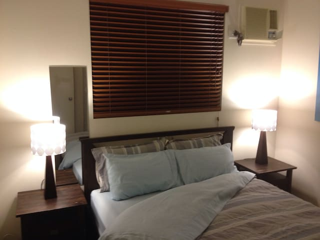 Free AirP/Trans,WiFi,AirCon,Bicycle - Parramatta Park - Appartement