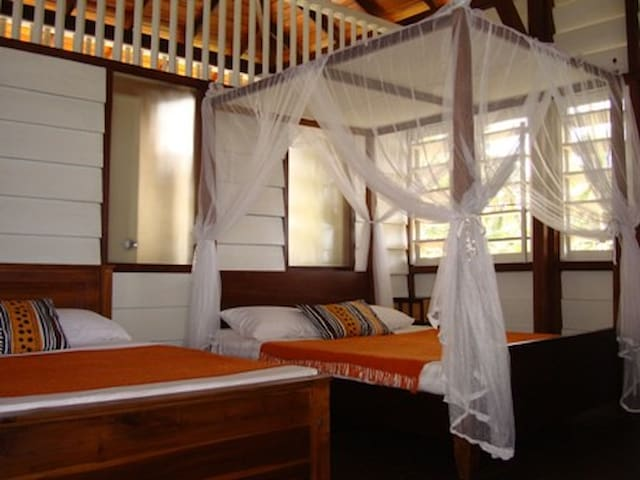 Beach Hut Holiday Rental  Sri Lanka - Uswetakeiyawa, Bopitiya - Chalet
