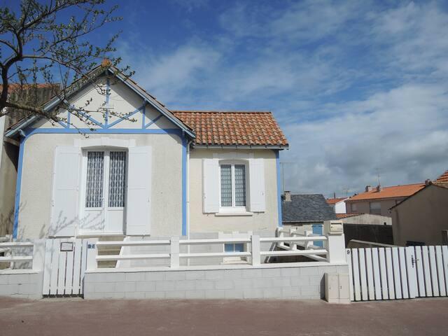 Maison familiale de bord de mer - Saint-Jean-de-Monts - Dům