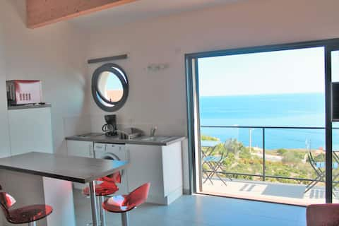 apartment sea view with kayak