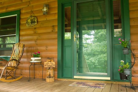 Private Log Home Hideaway - Marion - Σπίτι