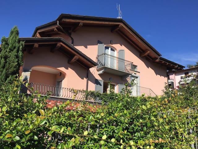 Lake Maggiore Circolino Doria - Gemonio - Apartamento