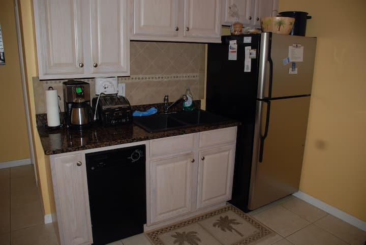 Manasota Beachy Cottage - Bungalows for Rent in Englewood ...