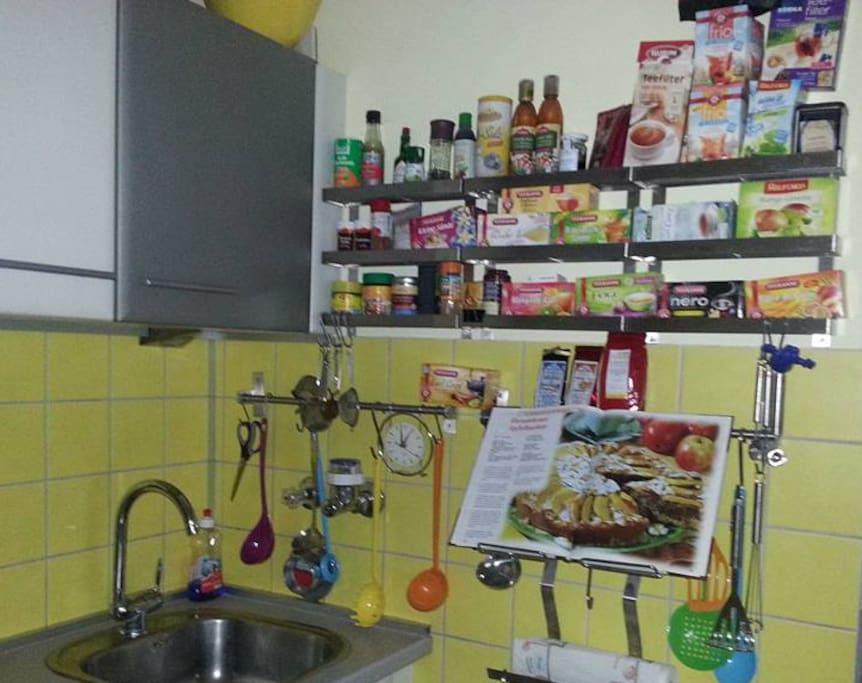 More kitchen :-)
