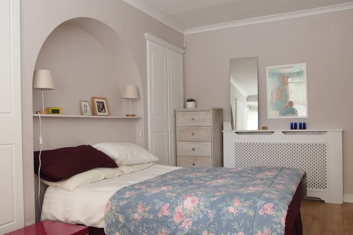 Spacious Room in Peckham - London - Apartemen