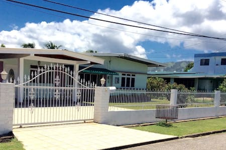 Attractive, Safe Quiet Apt near UWI - Valsayn