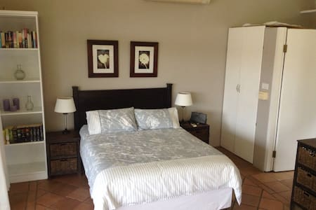 Open plan flatlet - Durban North