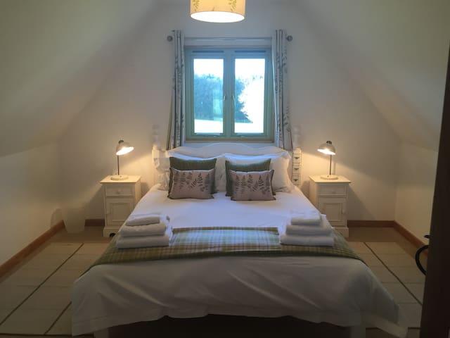 Ollie's Loft, Hampshire - Shalden